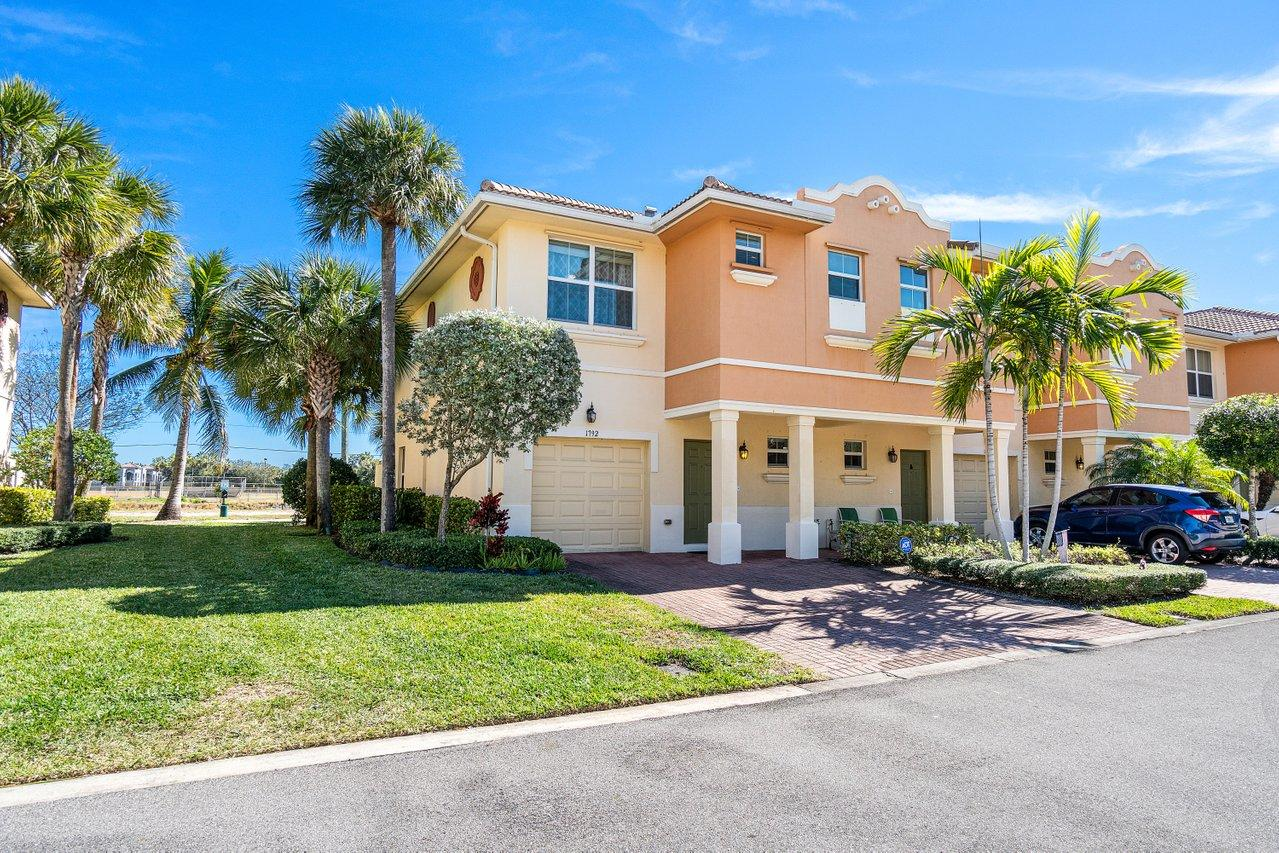1792 Via Sofia - 33426 - FL - Boynton Beach