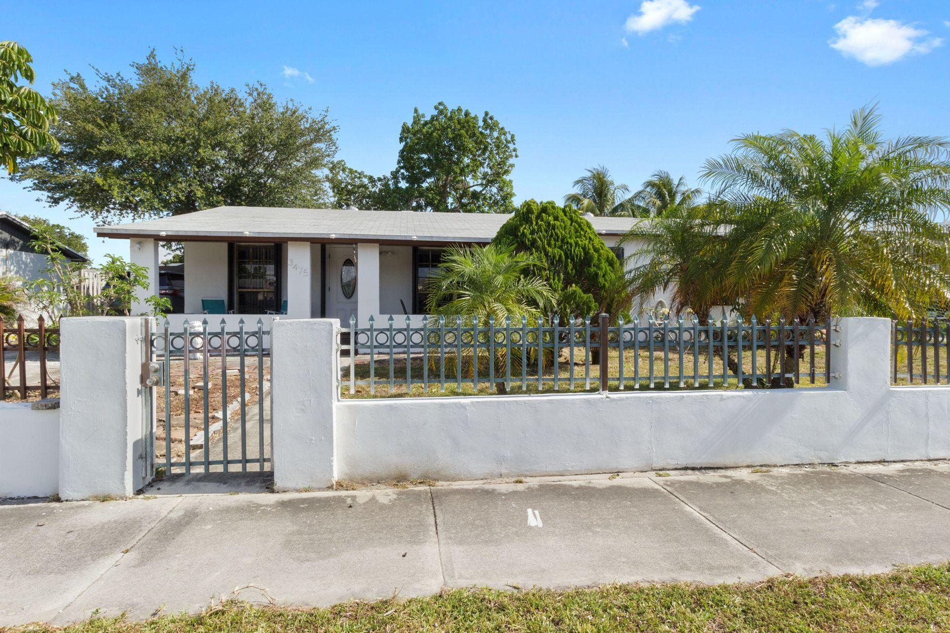 Home for sale in LESLIE ESTATES SEC 8 Miami Gardens Florida