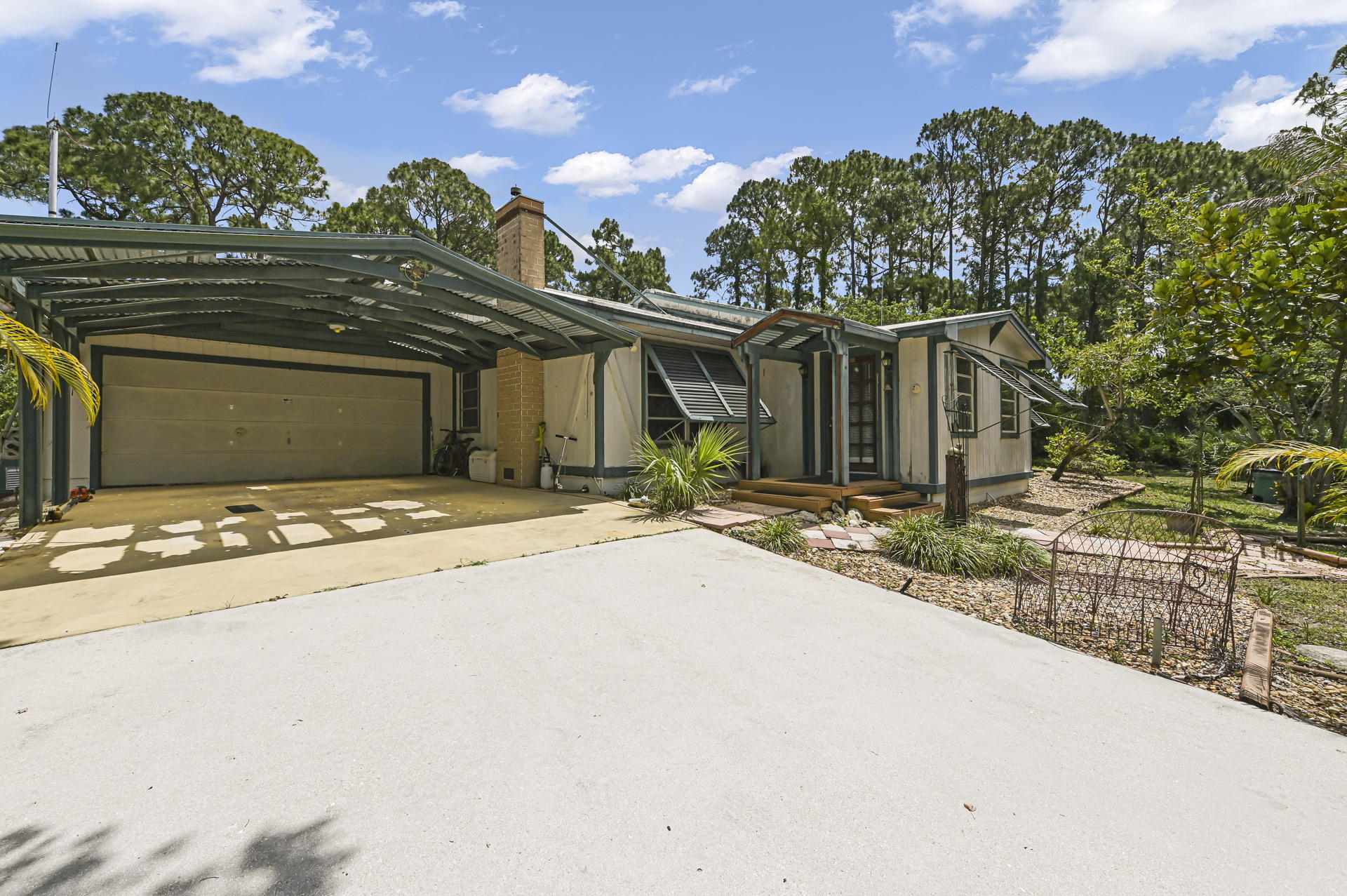 Home for sale in Acerage/Unincorporated The Acreage Florida
