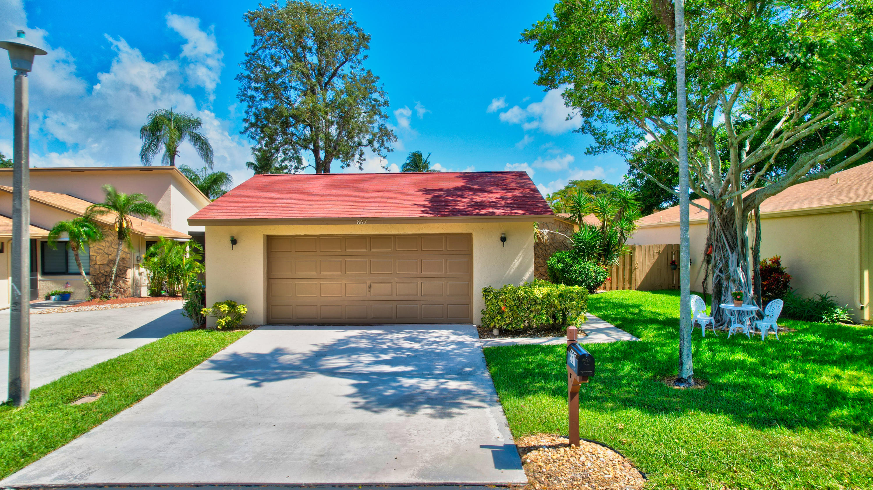 867 NW 25th Avenue  For Sale 10714320, FL