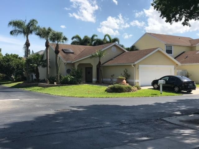 1245  Sussex Street  For Sale 10716275, FL