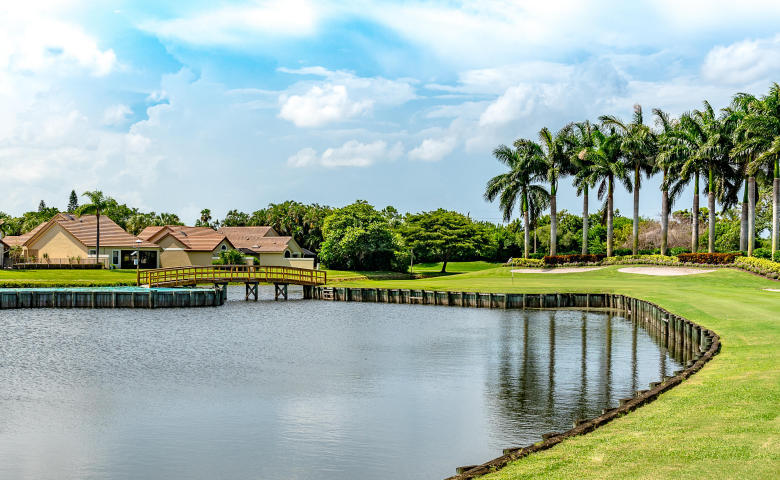 8124  Mimosa Place  For Sale 10714157, FL