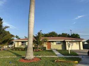 351 W 30th Street, Riviera Beach, FL 33404