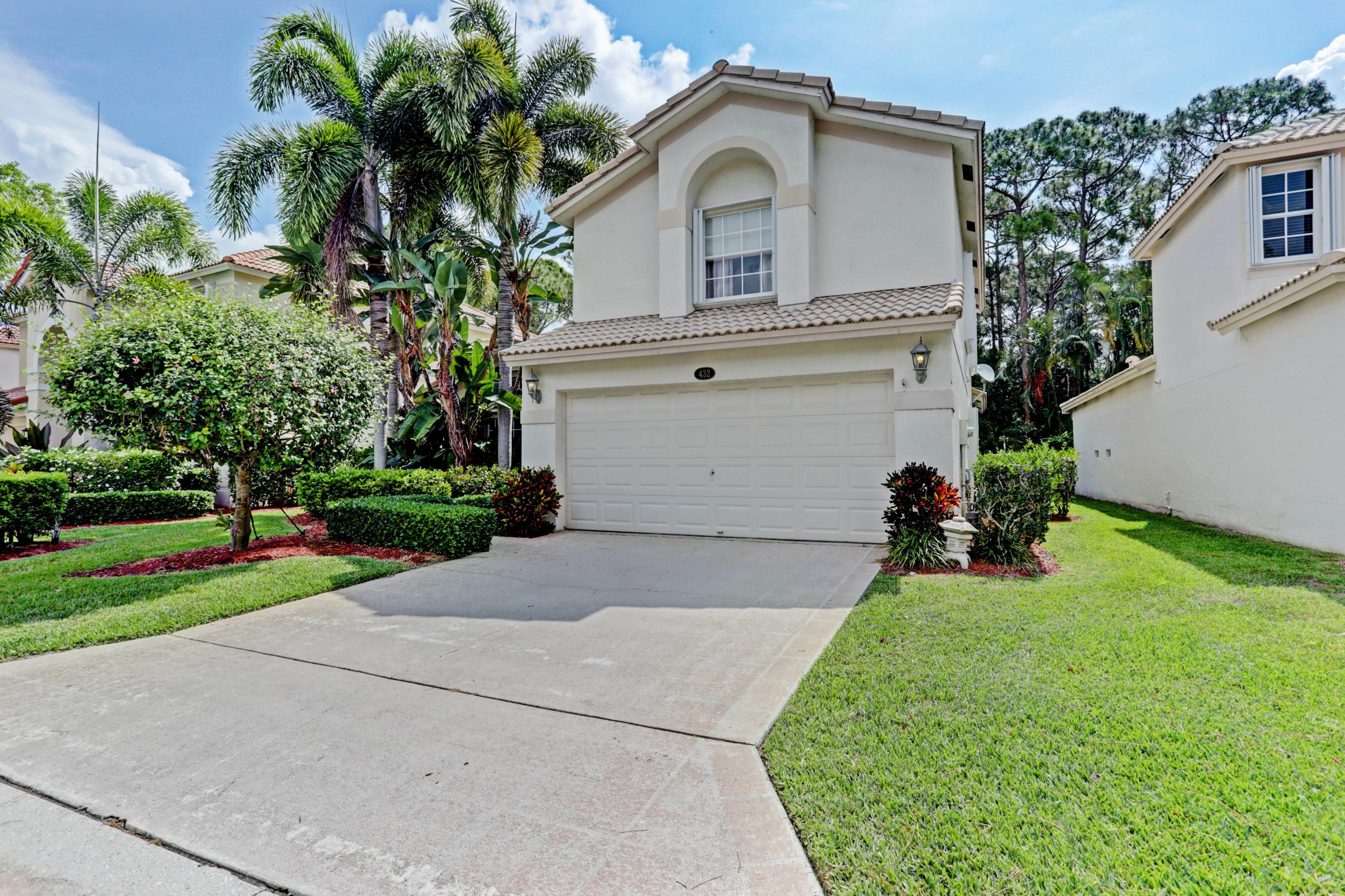 Home for sale in BENT TREE PH 2 Palm Beach Gardens Florida