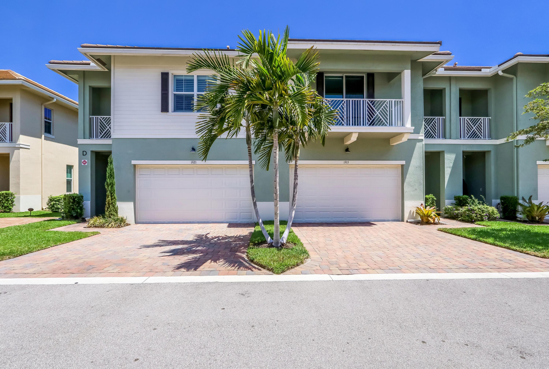 Home for sale in HAMPTON COVE CONDO North Palm Beach Florida