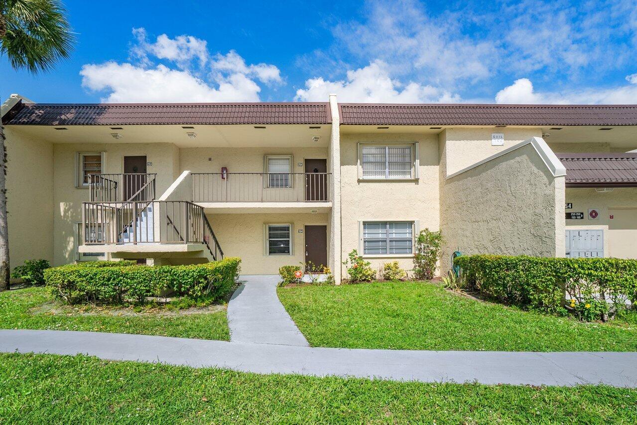 Home for sale in GOLDEN LAKES VILLAGE CONDO E West Palm Beach Florida