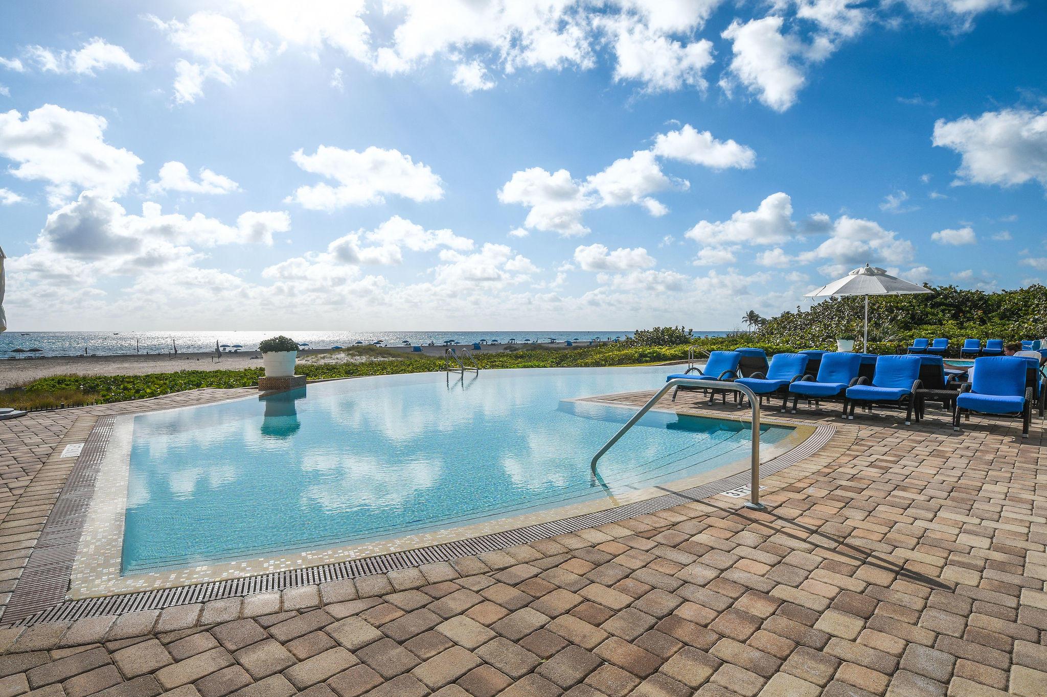 Oceanfront Lagoon Pool