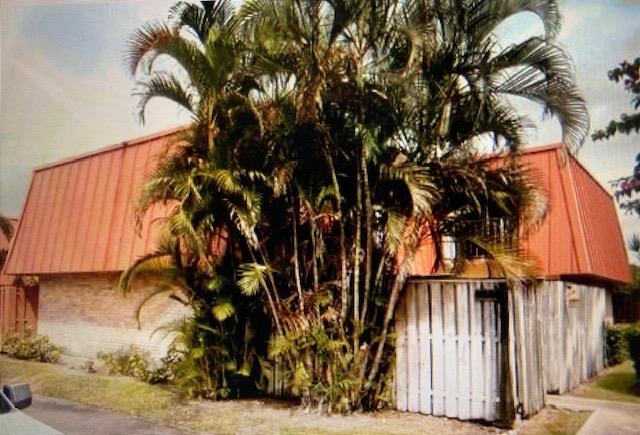 3343 Meridian Way Apt B Palm Beach Gardens, FL 33410