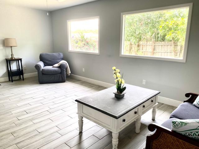 Gull Living Room 2