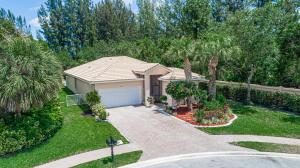 138 Sarona Circle, Royal Palm Beach, FL 33411