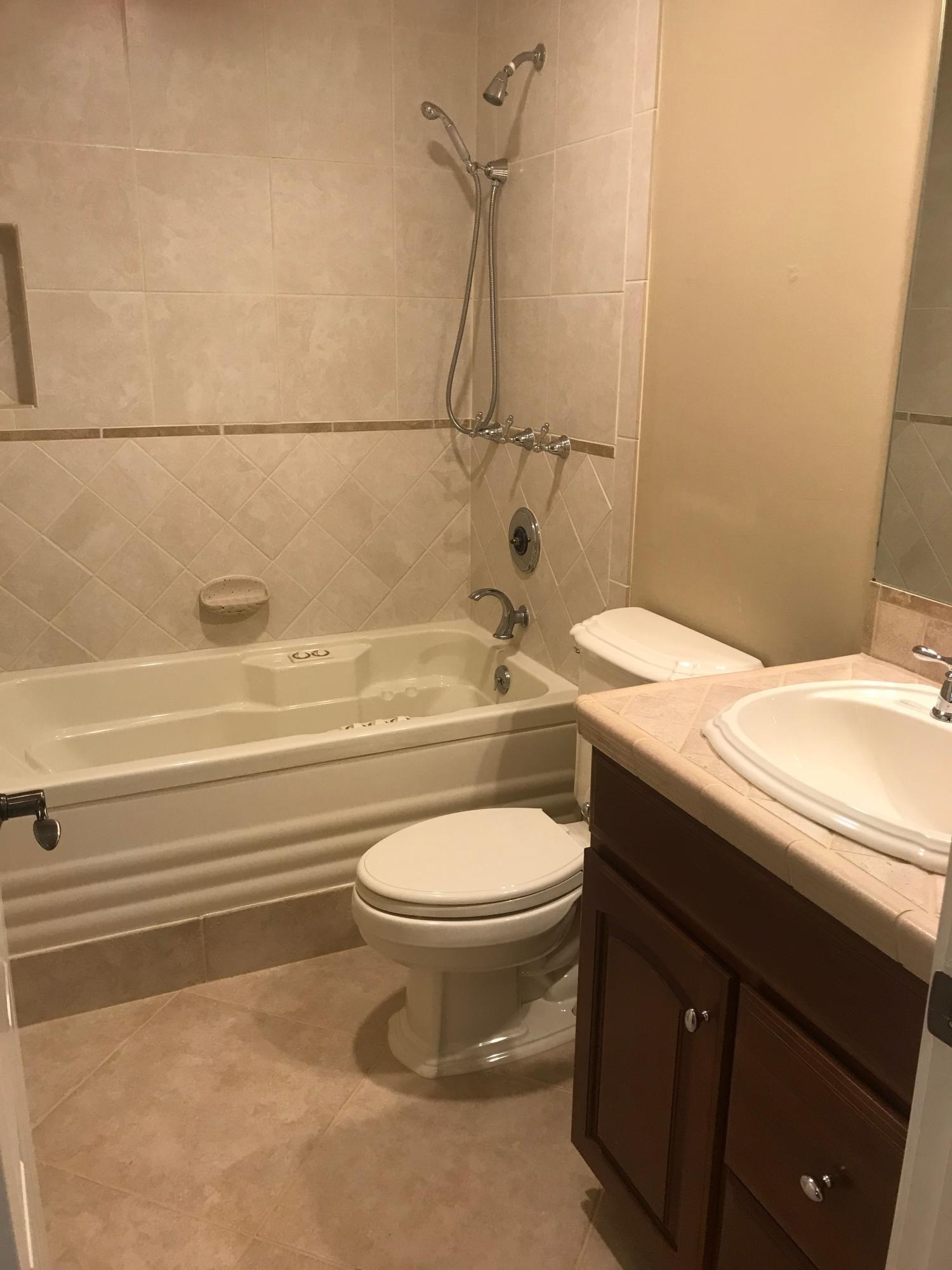 Bathroom_2
