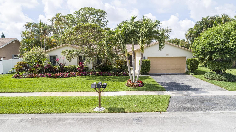 4858  Marbella Road  For Sale 10714764, FL