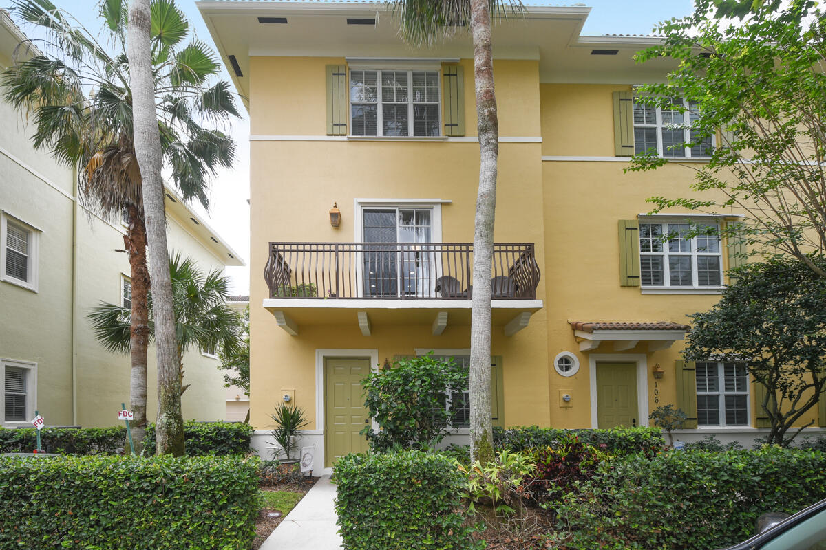Home for sale in Osceola Woods Jupiter Florida
