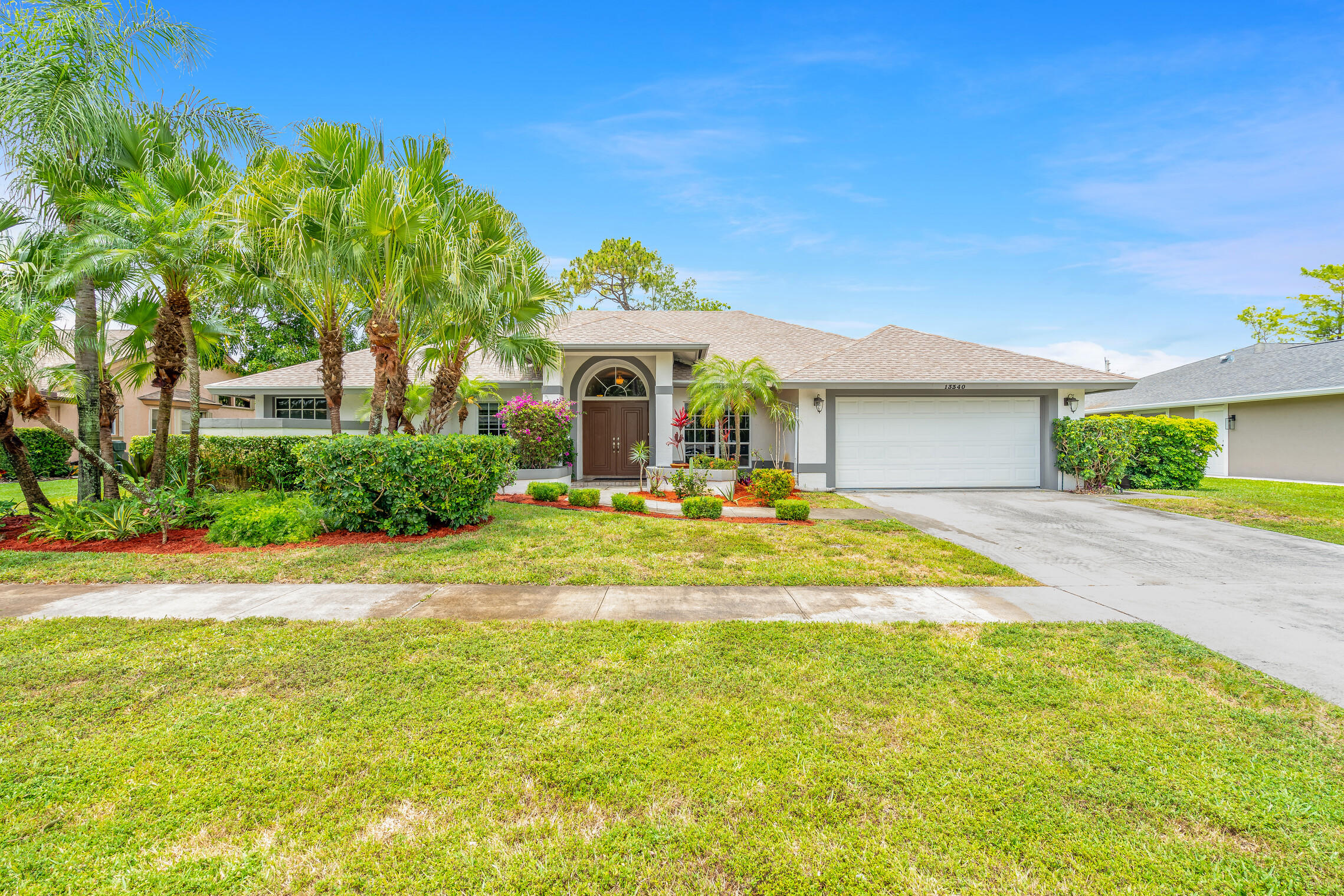 13340  Northumberland Circle  For Sale 10717802, FL