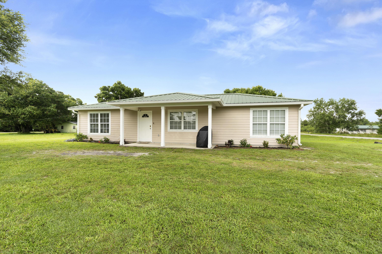 Home for sale in BASSWOOD UN 03 Okeechobee Florida