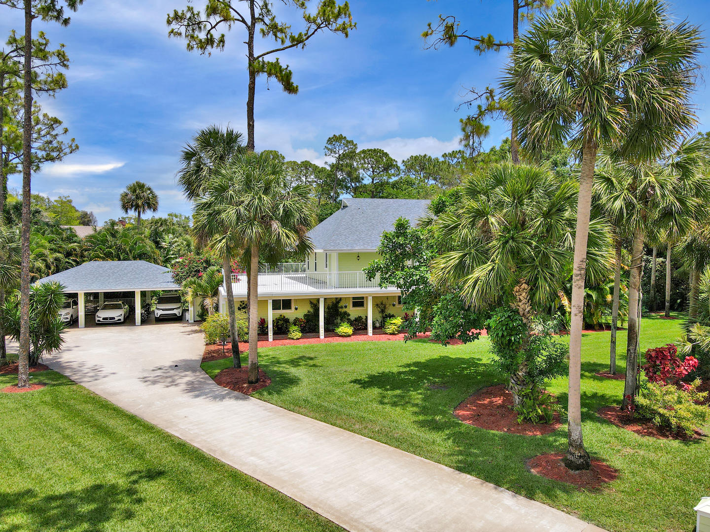 8623  Thousand Pines Court  For Sale 10715112, FL