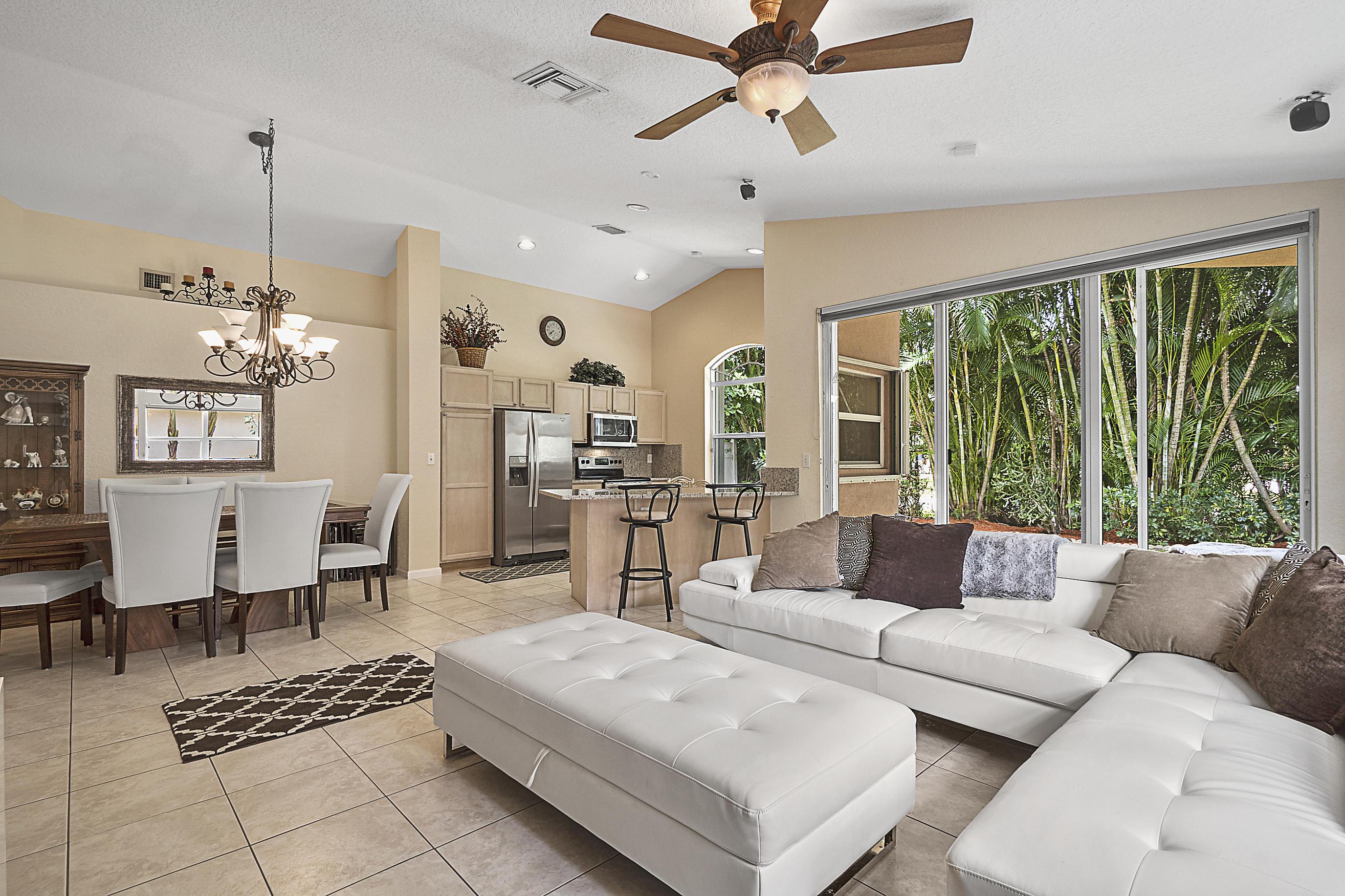13255  Royale Sabal Court  For Sale 10714830, FL