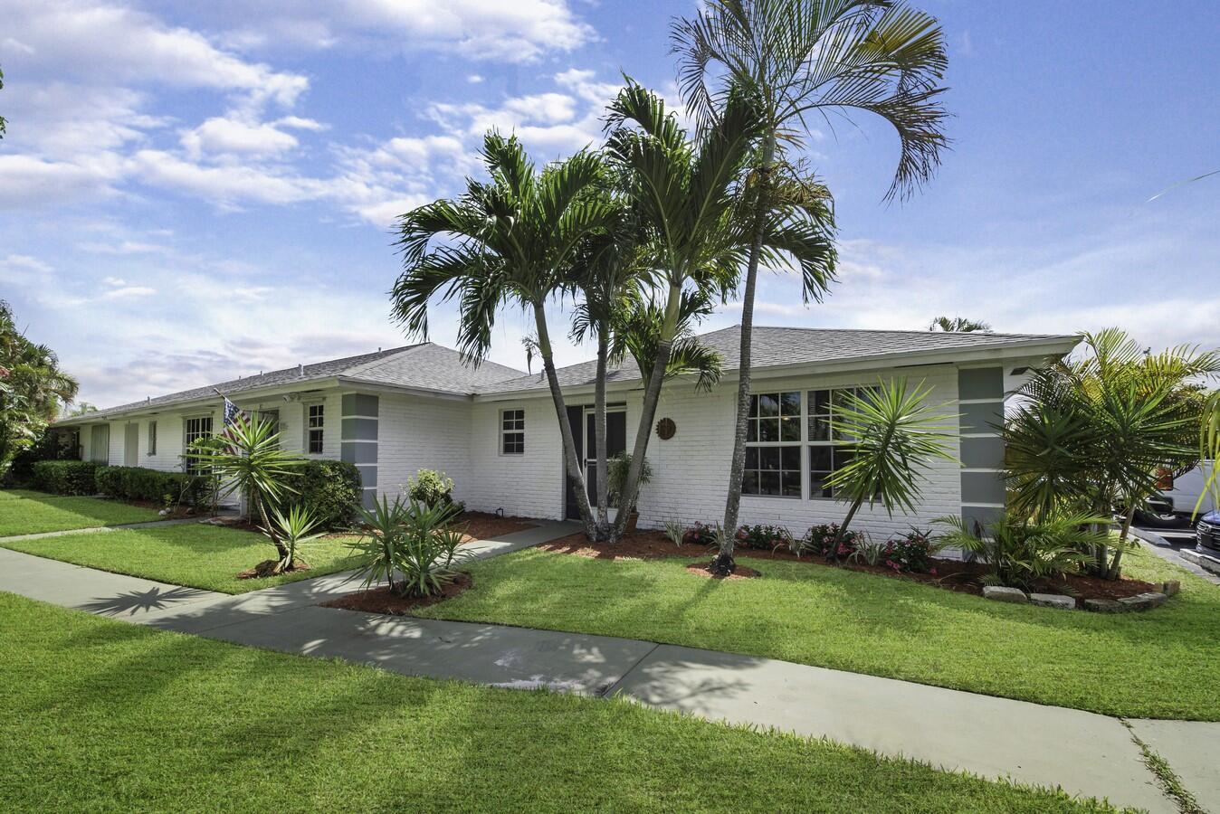Home for sale in Villas Of Golf View Harbour Boynton Beach Florida
