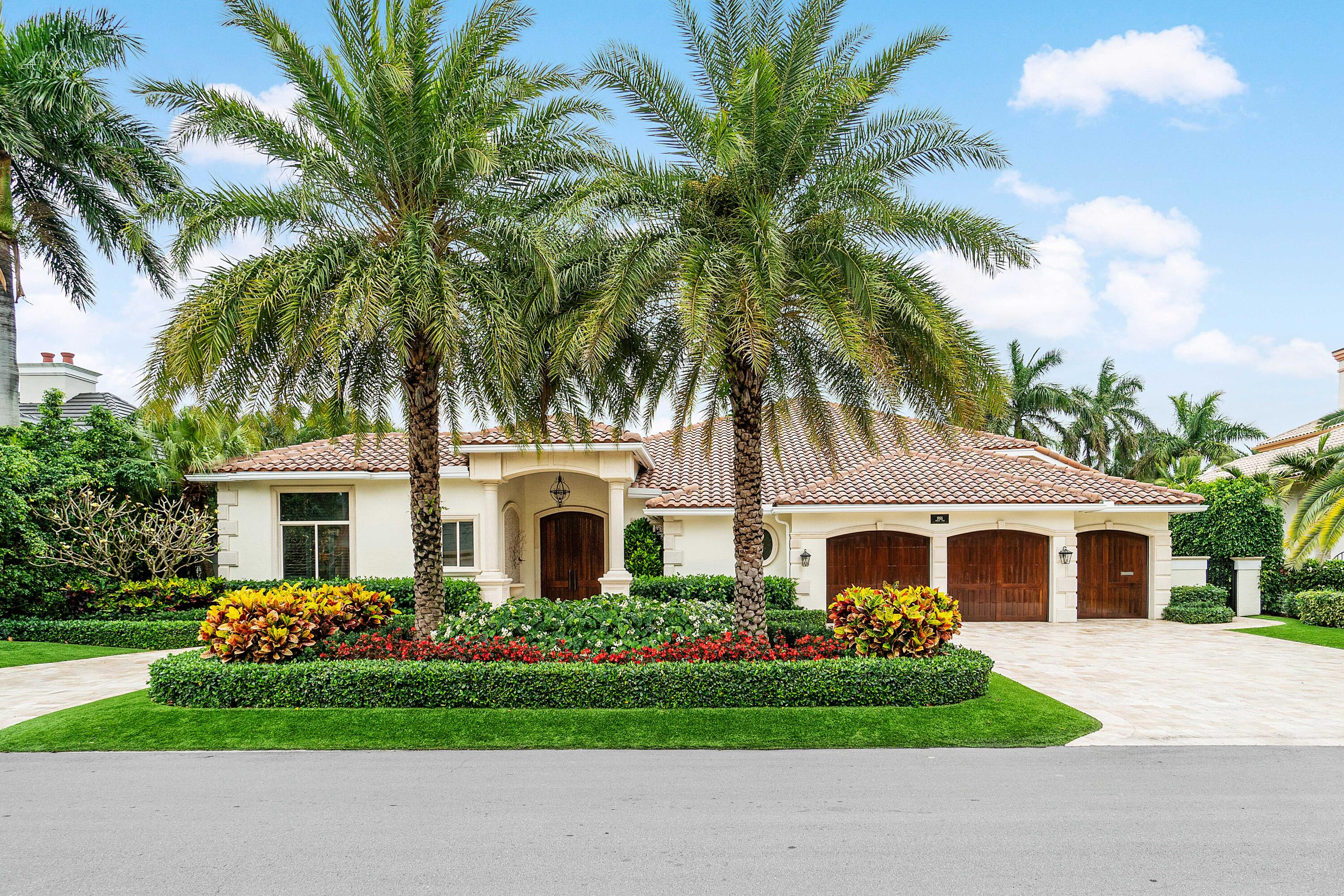 1955  Thatch Palm Drive  For Sale 10717297, FL