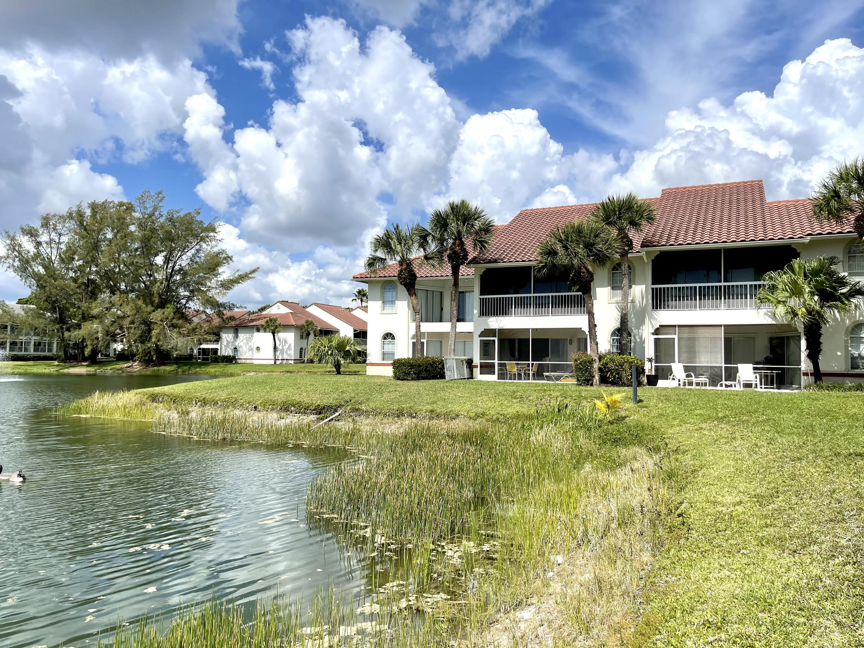 120 Cypress Point Drive 120 Palm Beach Gardens, FL 33418