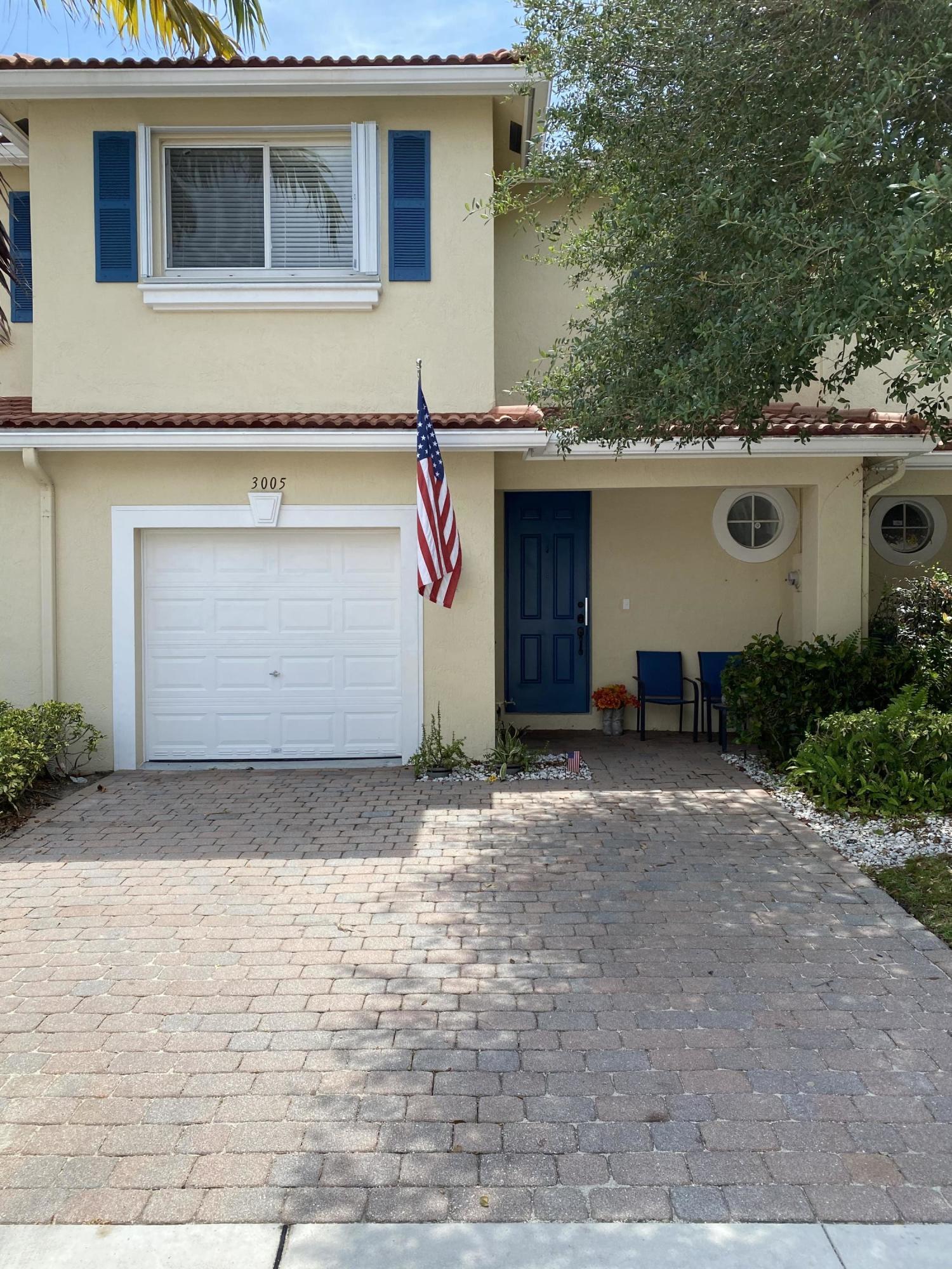 3005 N Evergreen Circle Boynton Beach, FL 33426