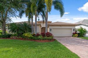102 San Vincente Place, Palm Beach Gardens, FL 33418