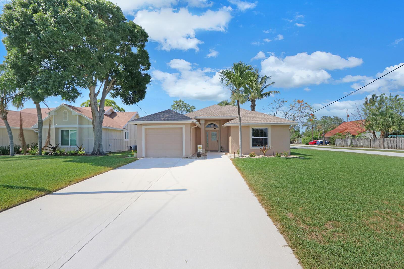 6209 Dania Street Jupiter, FL 33458