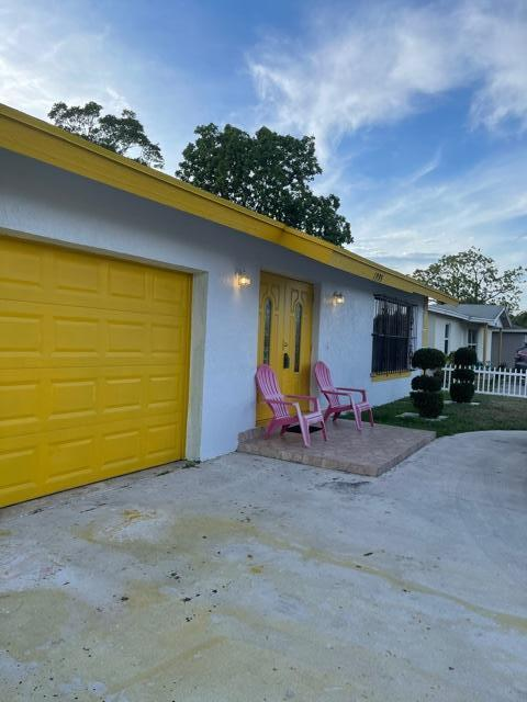 1995 NW 1st Street  For Sale 10706036, FL