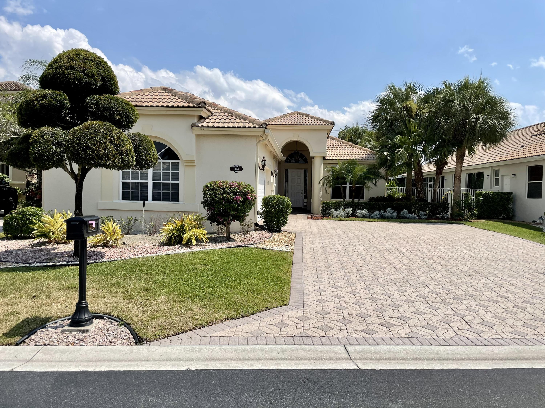 9128  Long Lake Palm Drive  For Sale 10716170, FL