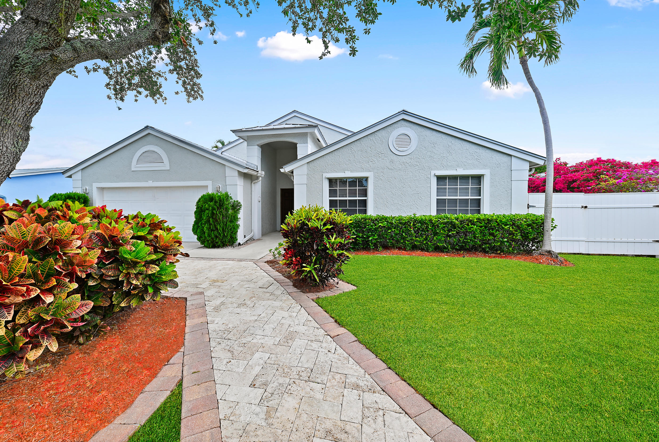 333 NW 6th Avenue  For Sale 10715335, FL