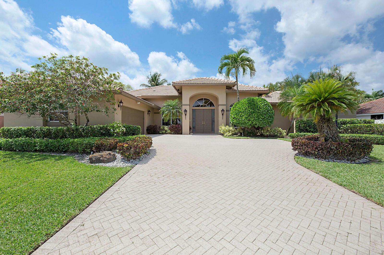 10614  Stonebridge Boulevard  For Sale 10717226, FL