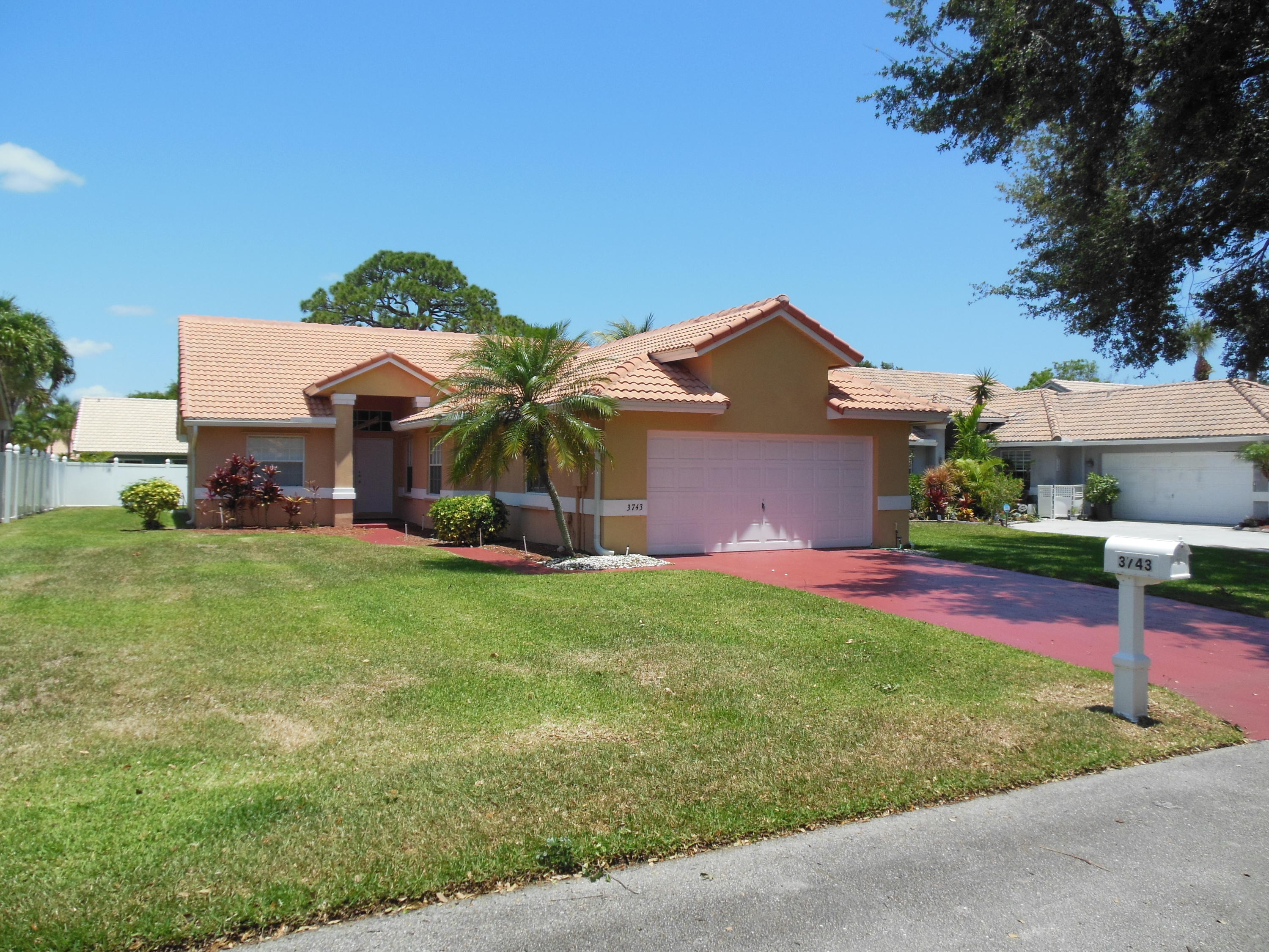 3743 S Lancewood Place  For Sale 10715424, FL