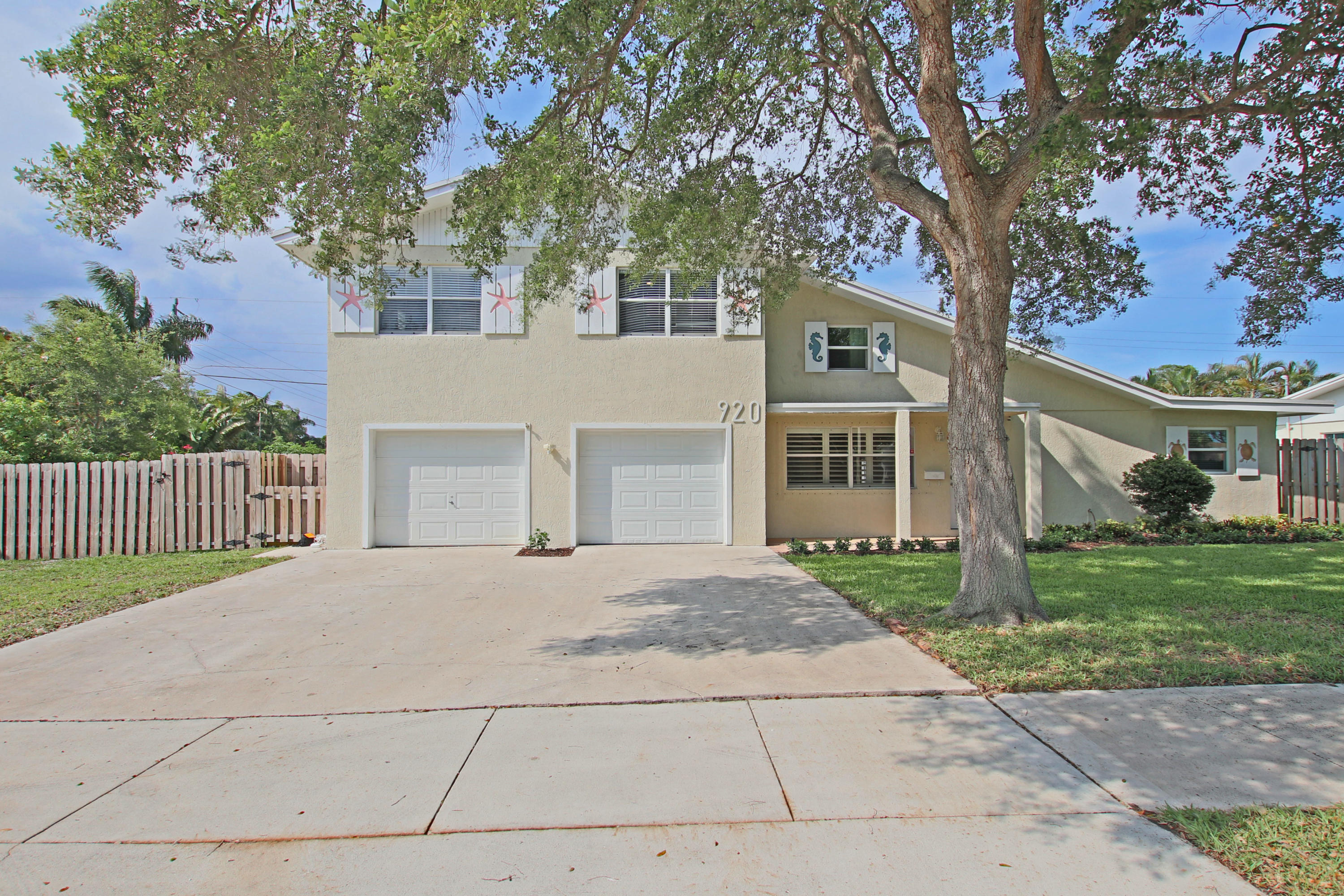 920  Lighthouse Drive  For Sale 10715686, FL