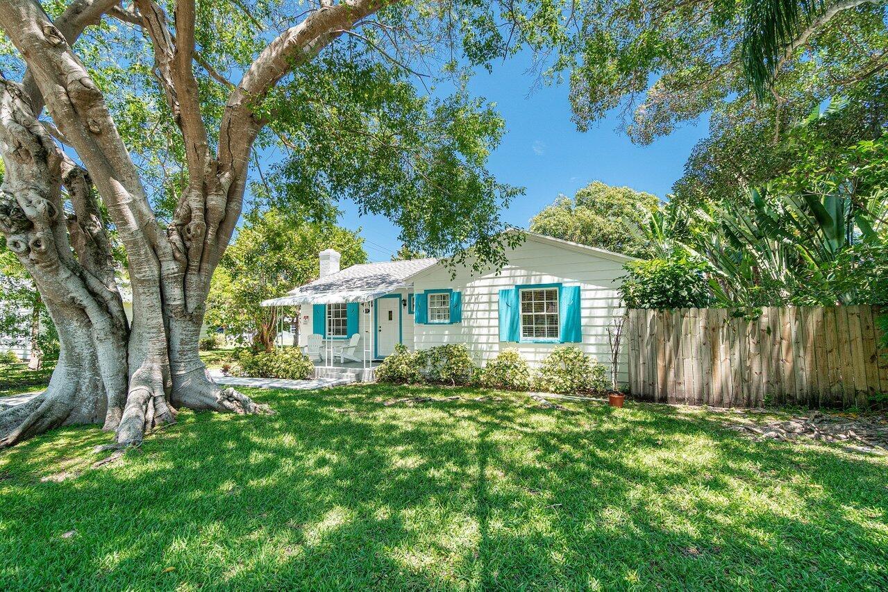 137 N Swinton Avenue  For Sale 10716072, FL
