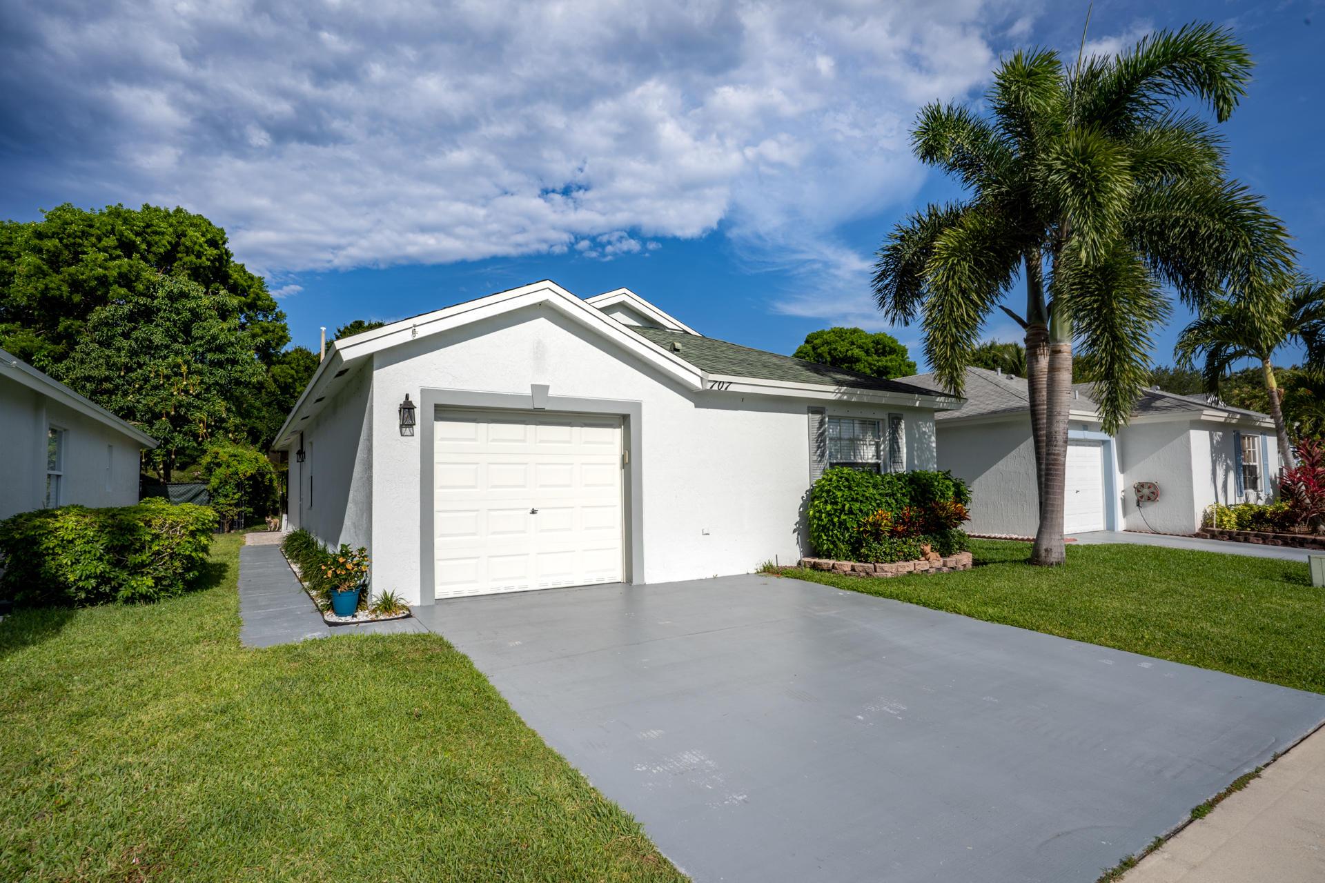 707 Key West Street Boynton Beach, FL 33426