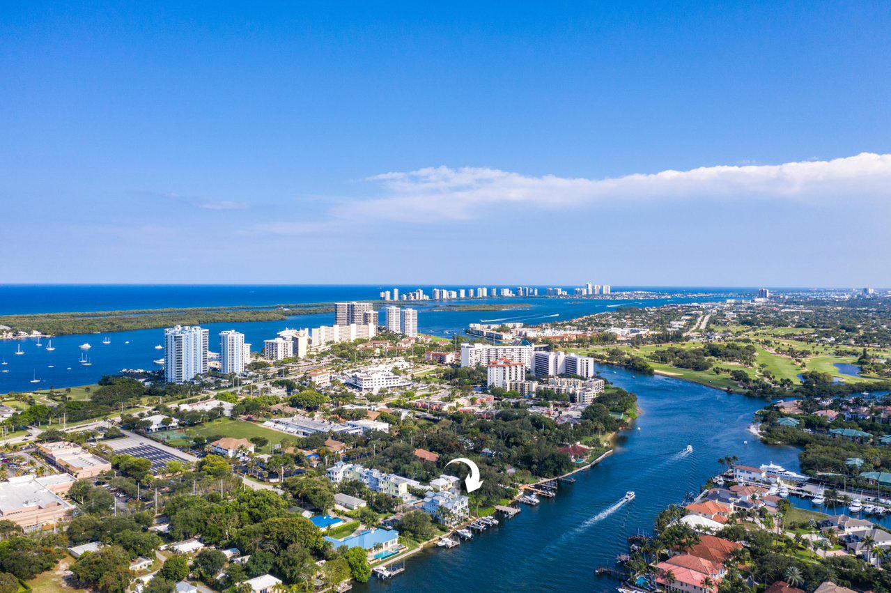 1051  Harbor Villas Drive  For Sale 10715819, FL