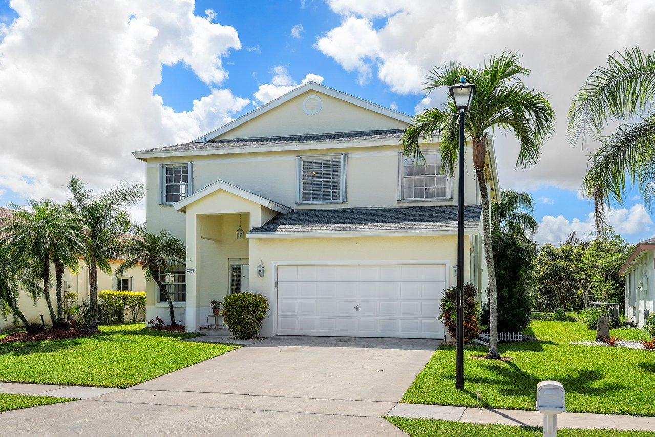 6228 Lansdowne Circle  Boynton Beach FL 33472