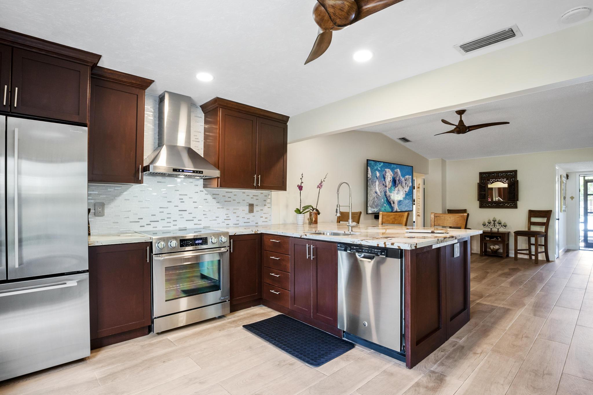 5428  Viburnum Street  For Sale 10715713, FL