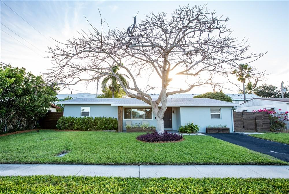 Home for sale in CORAL MANOR 4TH ADD Deerfield Beach Florida