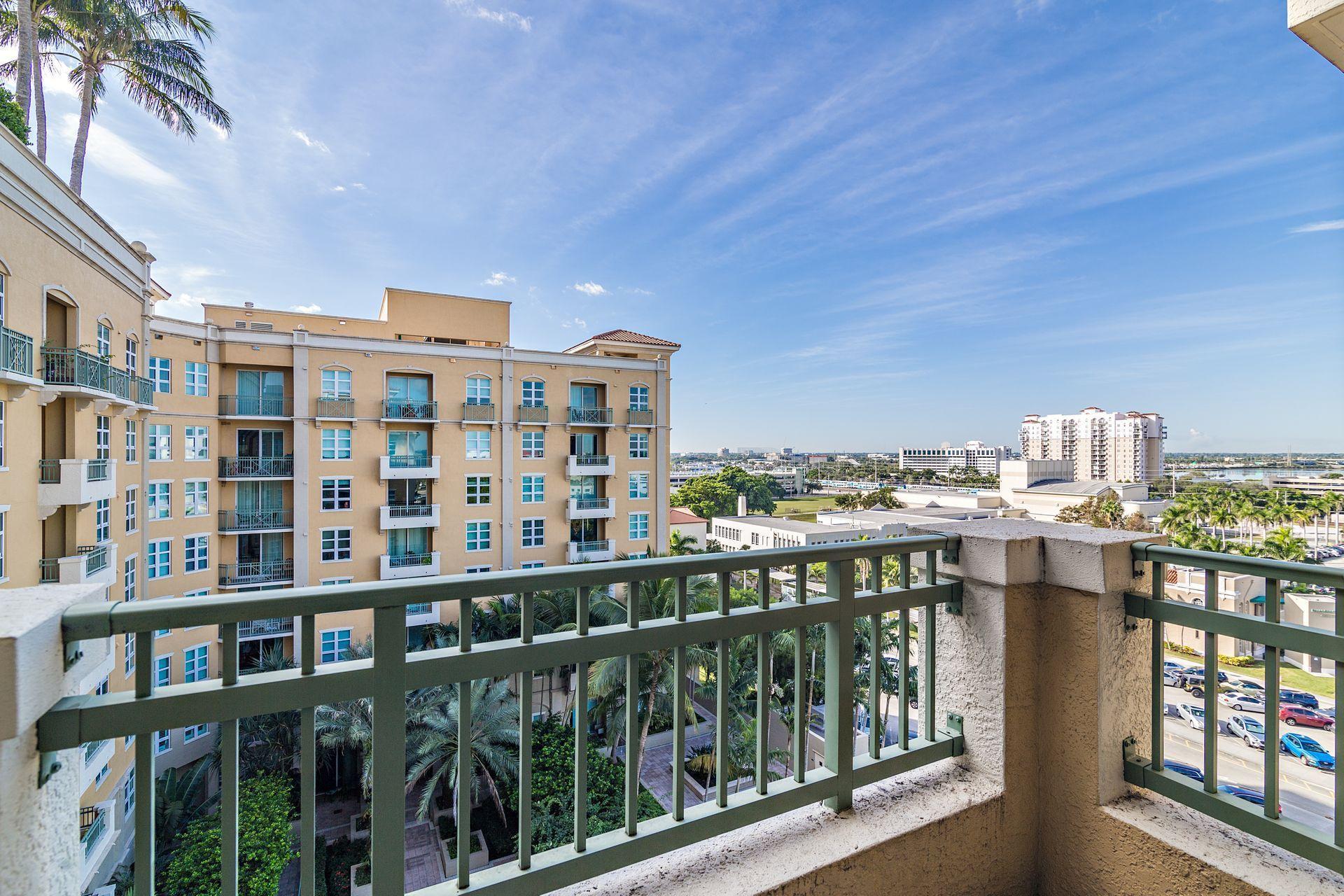 403 S Sapodilla Avenue 702 For Sale 10715718, FL