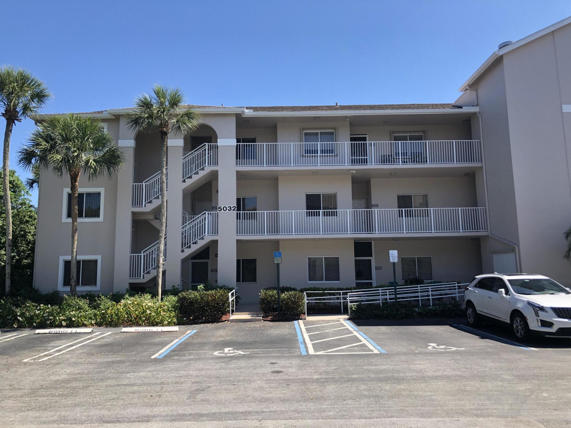 5032 Rose Hill Drive 3202 Boynton Beach, FL 33437