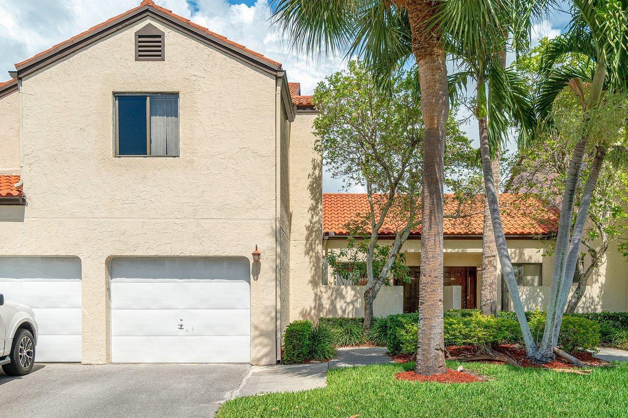 18  Via De Casas Sur  102 For Sale 10715853, FL