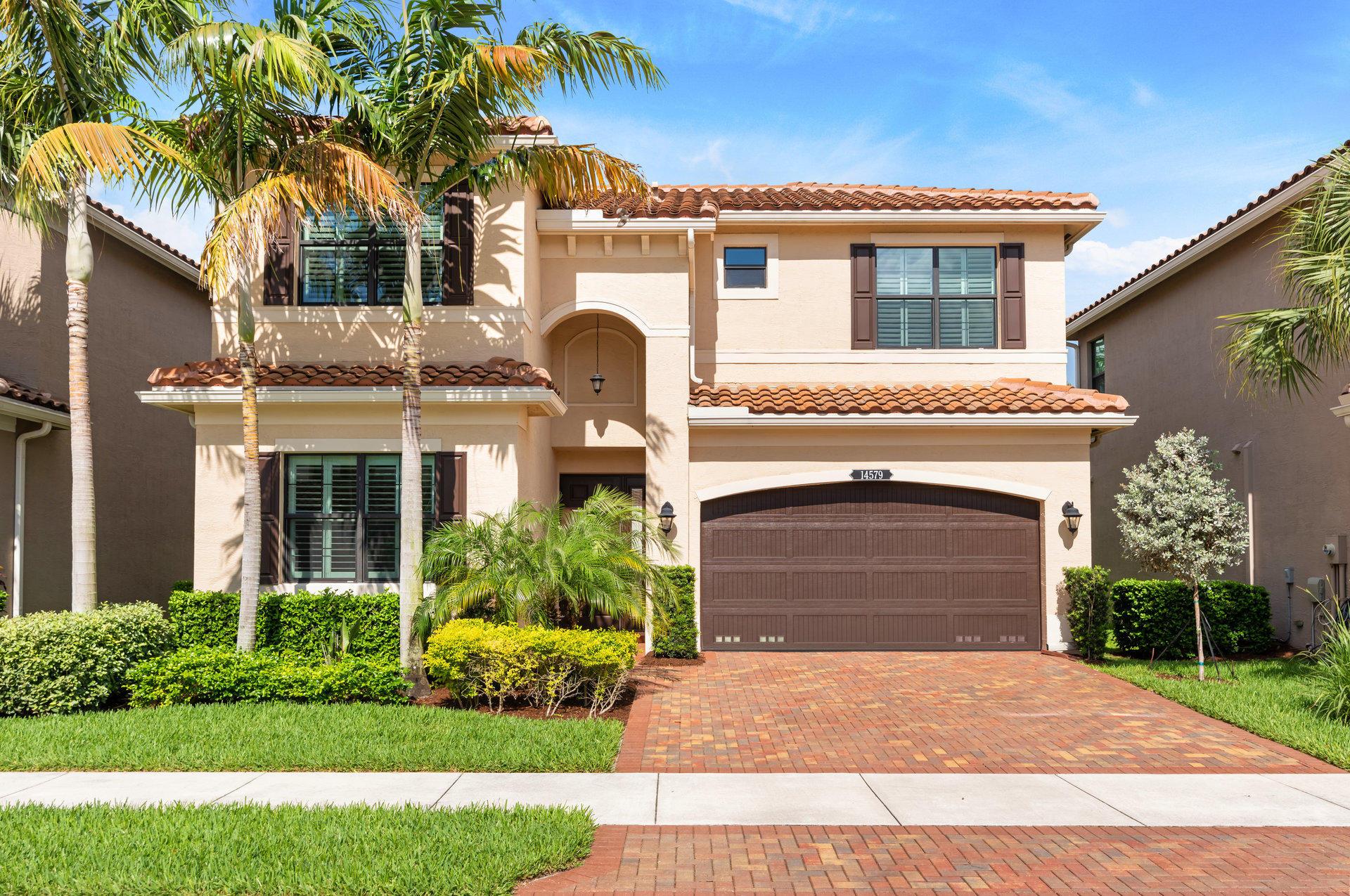 14579  White Jade Terrace  For Sale 10716944, FL