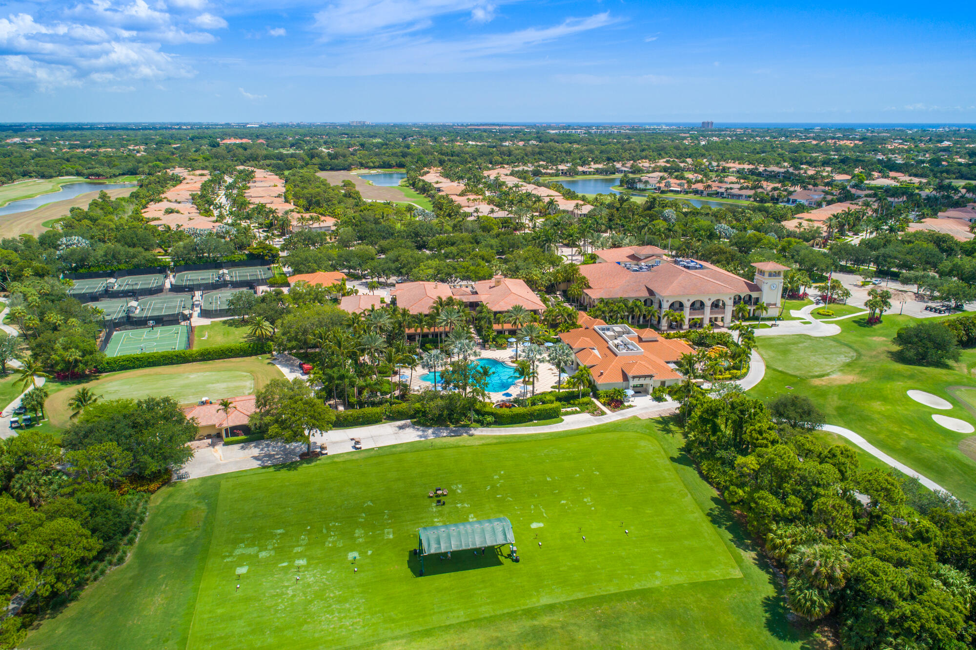 687 Hermitage Circle Palm Beach Gardens, FL 33410 photo 48