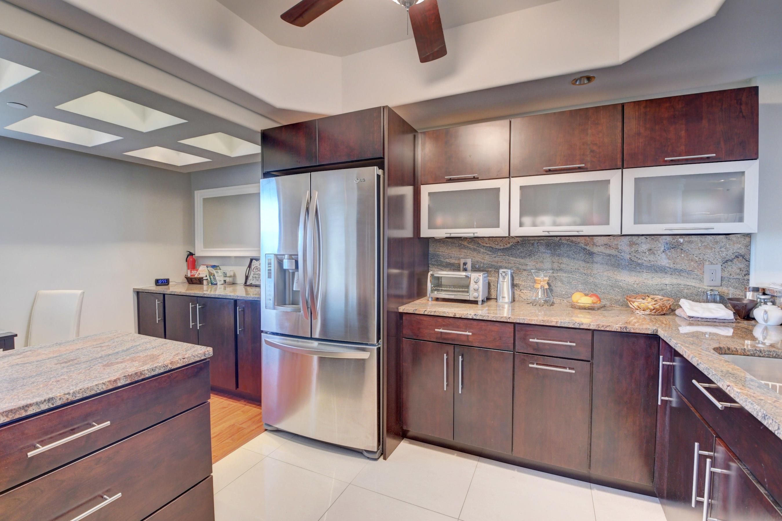 1035 SE 6th Avenue 38 For Sale 10716092, FL