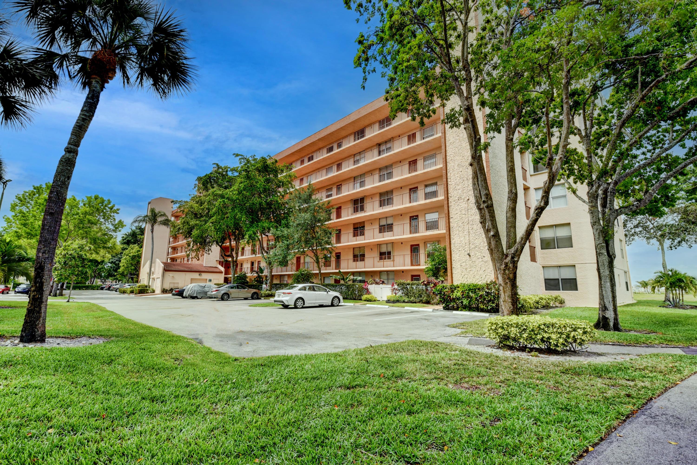 14575  Bonaire Boulevard 410 For Sale 10716079, FL