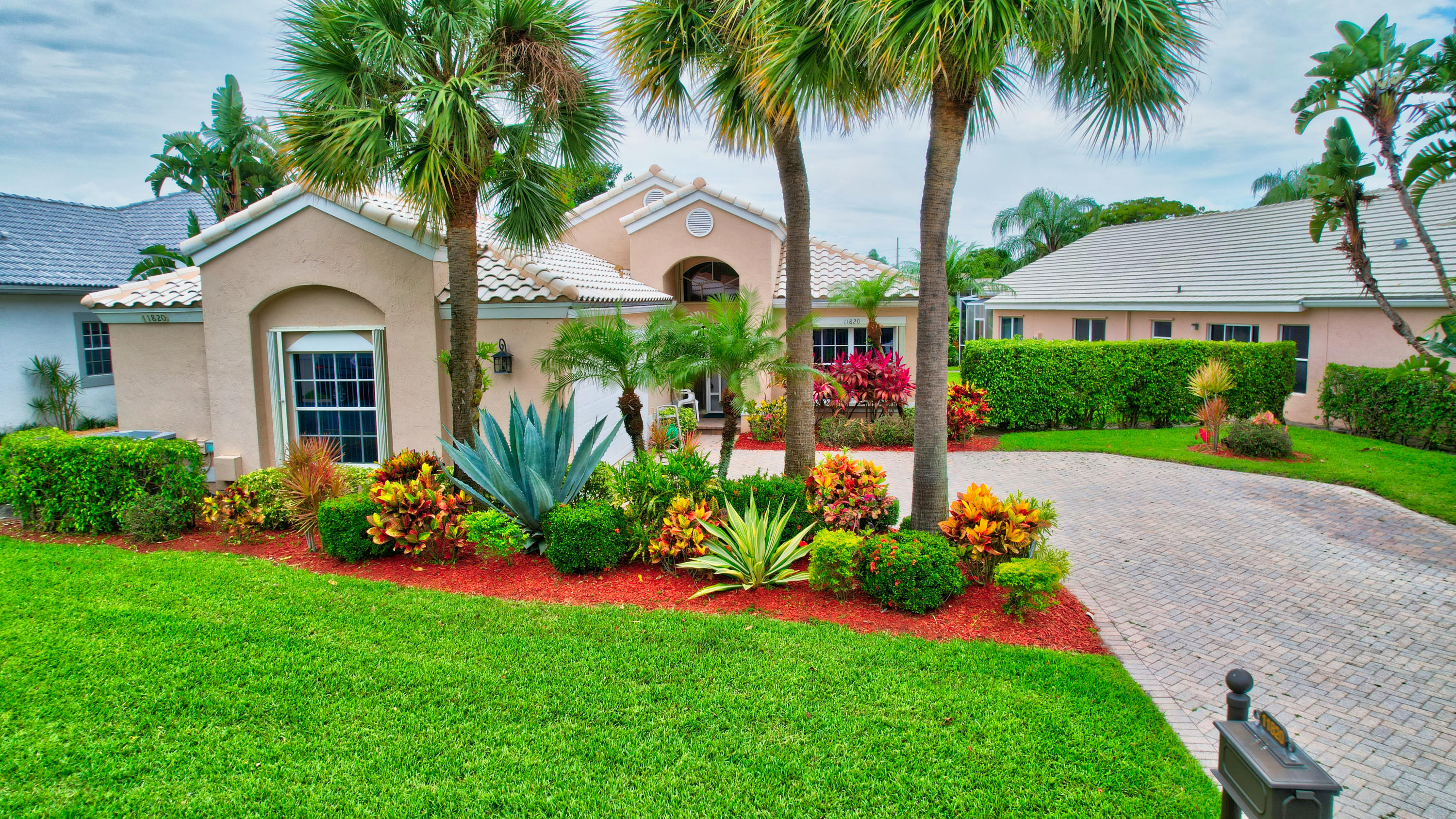 11820  Fountainside Circle  For Sale 10715422, FL