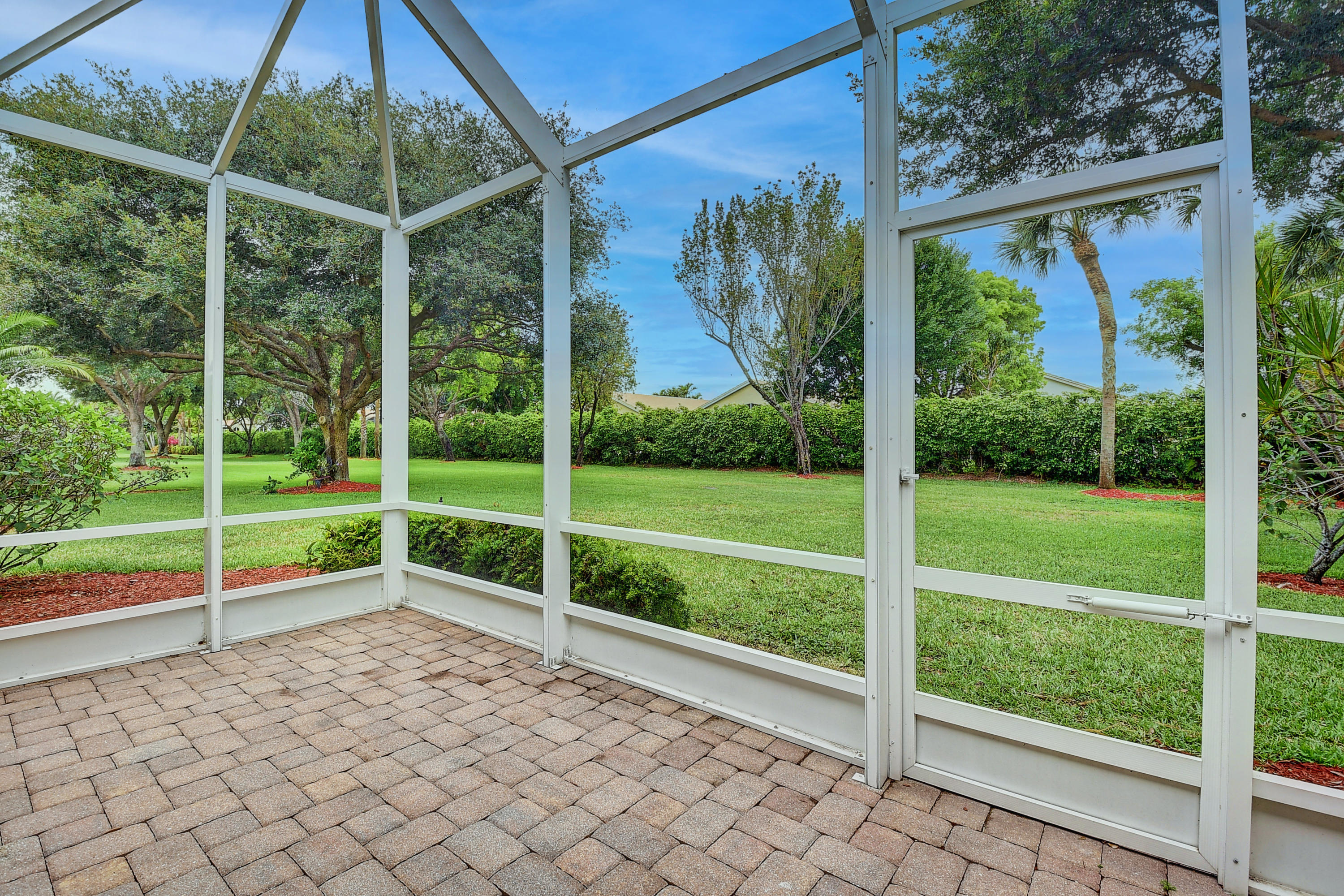 5811  Grand Harbour Circle  For Sale 10715789, FL