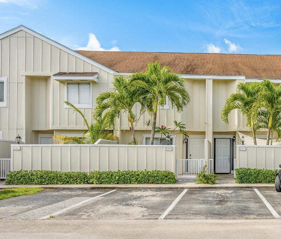 Home for sale in RIVERWALK 2 Jupiter Florida