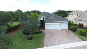 7566 Sandspur Lane, Lake Worth, FL 33467